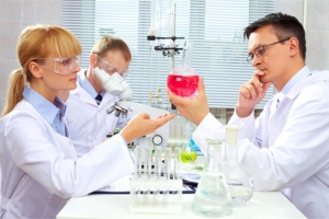 pharmacy scientists working in a laboratory